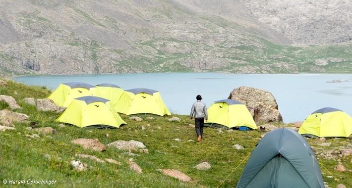 Campement bivouac en Kirghizie