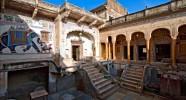 Cour intérieure de Mandawa Castle - Caval&go
