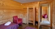 Cabane de la randonnée équestre dans le Gauja en Lettonie