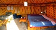 Couchage dans les tentes du campement Indiens.