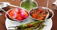 Délicieux repas cuisinés par le Chef du campement Indiens.